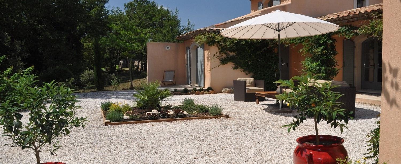La terrasse des Chambres d'Hôtes de Charme en Provence