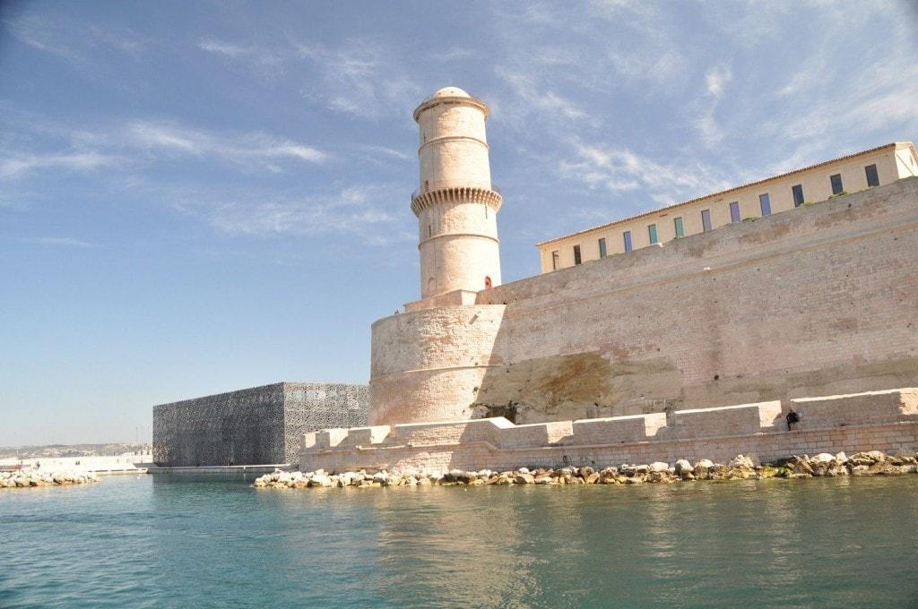 Marseille , son vieux port à 40' du Clos Geraldy